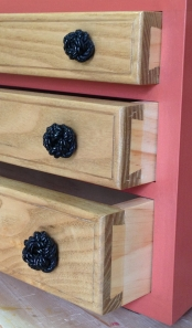 knot_pull_3_drawer_chest