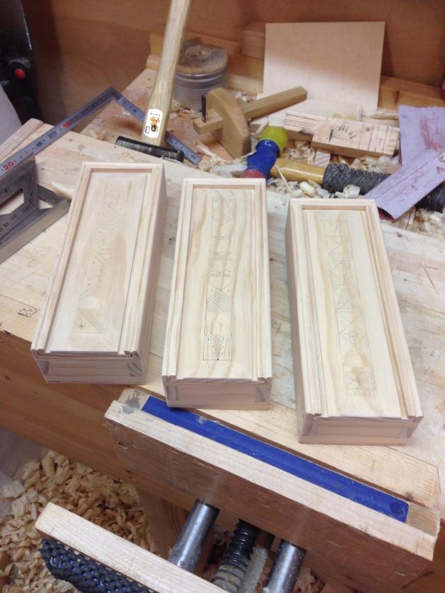 3-pencil_boxes